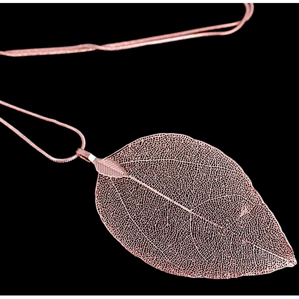 Collier Sautoir Feuille Véritable Trempée Rosée