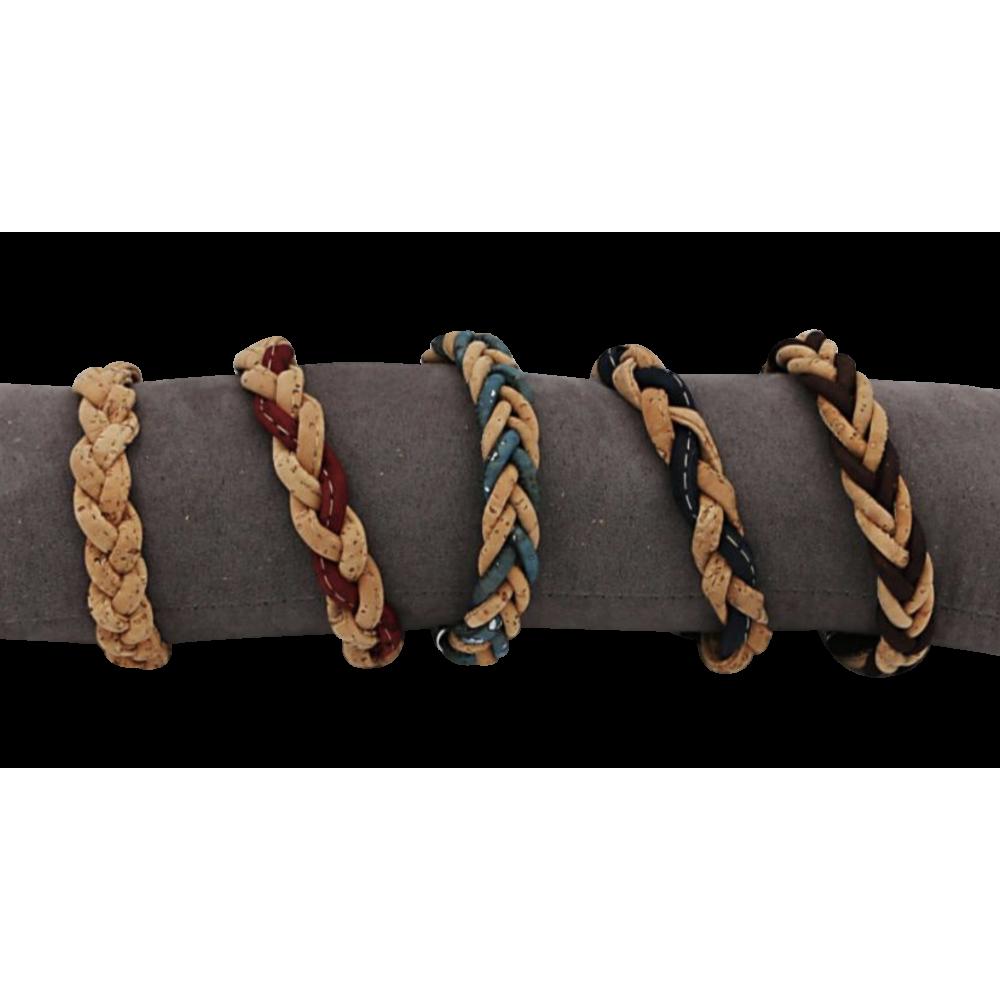 5 bracelets en liège naturel simplement tressé.