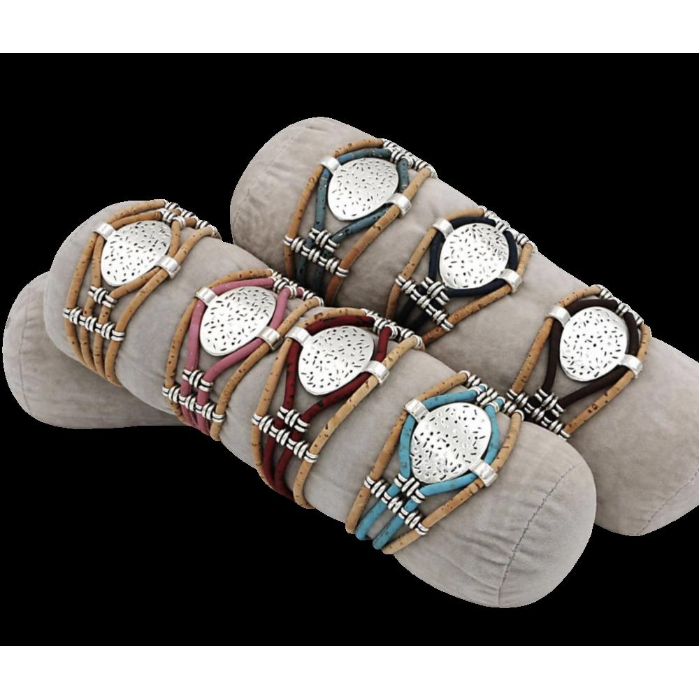 assortiment 7 bracelets coloré avec une pièce métallique ovale
