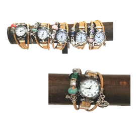 Montre en liège naturel et bracelets bijoux.