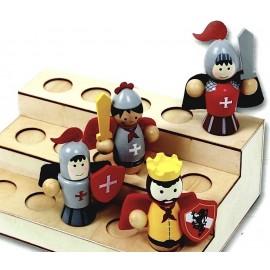 f/  Figurine présentoir: pour figurines en bois